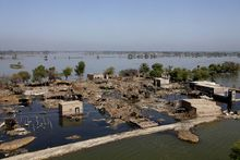 Pakistan Sindh flood2010.jpg